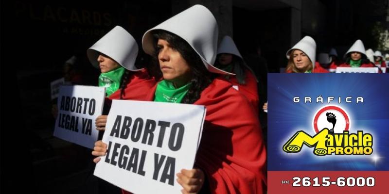 Brasileiras buscam abortos seguros em alguns países da América Latina, onde a prática é legal